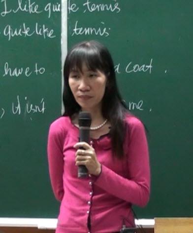 CÔ: Nguyễn Diệp Hồng - GV Tiếng Anh